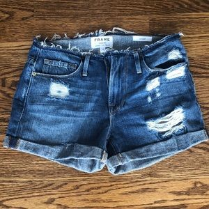 Frame Cutoff Denim Shorts